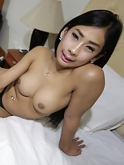 20yo Smoking Hot Thai Ladyboy Gets Fucked And Cums With White Tourist
